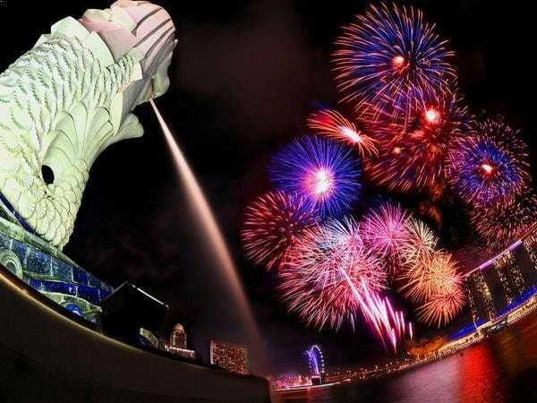 merlion-and-fireworks-singapore